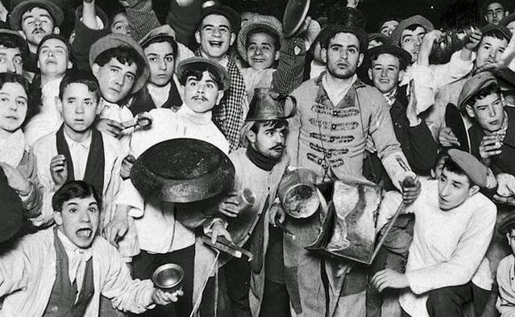 Festejando la Nochevieja en 1910